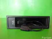 VW 5N0 035 342 E, 5N0 035 341 F / 5N0035342E, 5N0035341F PASSAT (362) 2011 Multimedia interface box with control unit