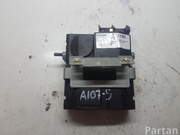 VOLVO 30752759 XC90 I 2004 Multimedia interface box with control unit